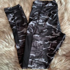 Pants - Black camouflage Leggings
